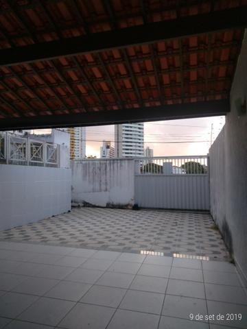 Vendo bela casa localizada em Ponta Negra - Foto 5