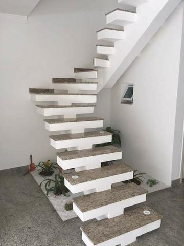Escadaria de Granito
