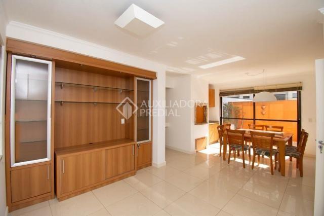 Apartamento para alugar com 3 dormitórios em Petrópolis, Porto alegre cod:307500