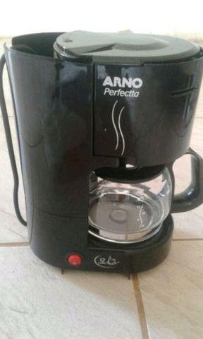 Cafeteira nova sem uso 220wlts