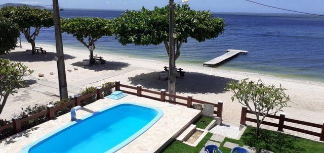 Casa Frente praia-Piscina Cond. fechado. Local Privilegiado - Praia Linda-4 qtos suites - Foto 6