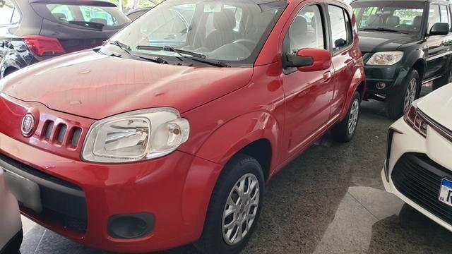 Fiat uno evo vivace 1.0 2014/2015 vermelha