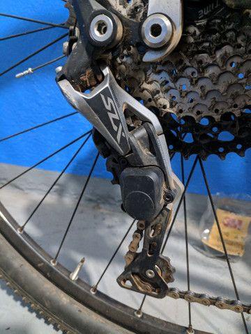 Bicicleta aro 29 aceito trocas passo cartão - Foto 4