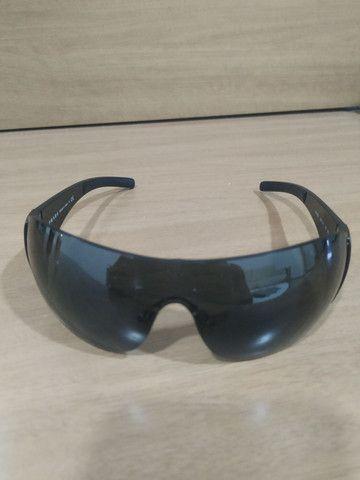 Vendo ou troco óculos prada - Foto 2