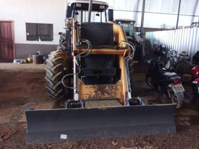 Trator valtra BM 110 lâmina e concha - Foto 6