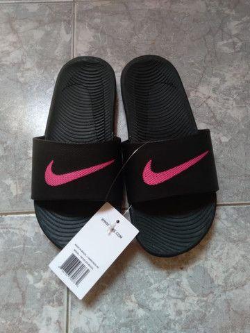 Sandália Nike Kawa Slide Feminina - Foto 3