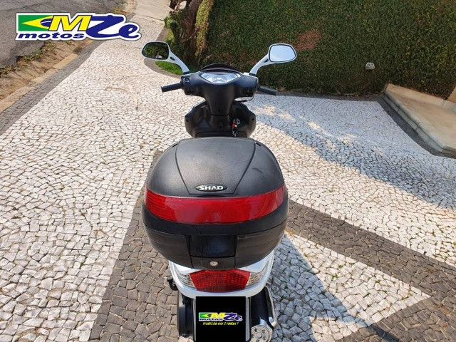 Suzuki Burgman I 125 2019 Branca com 800 km - Foto 13