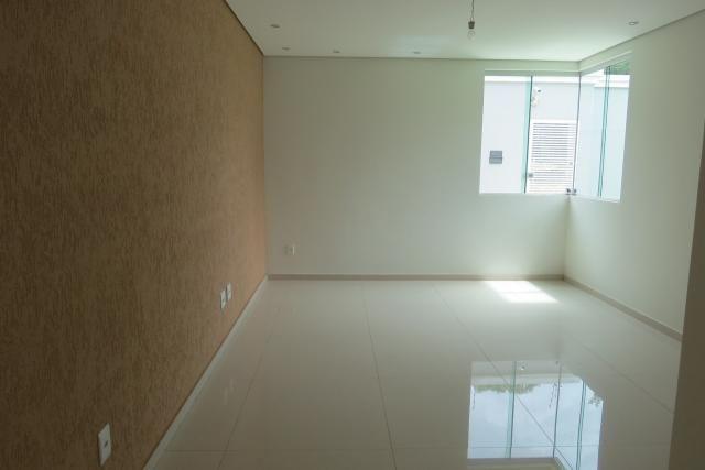 Casa à venda, 4 quartos, 2 suítes, 4 vagas, Santa Amélia - Belo Horizonte/MG - Foto 2