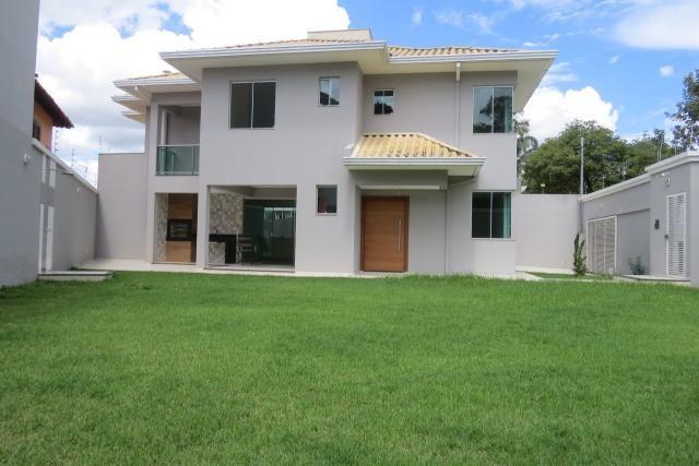 Casa à venda, 4 quartos, 2 suítes, 4 vagas, Santa Amélia - Belo Horizonte/MG
