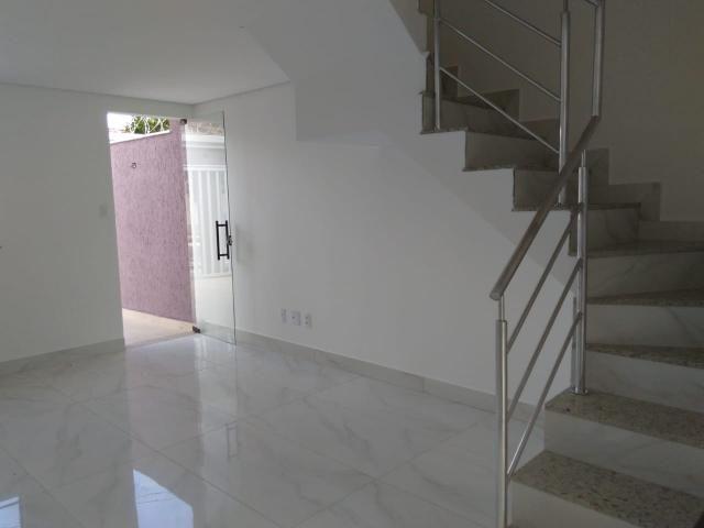 Casa geminada, 03 quartos, 01 vaga, 90 m² Bairro Planalto. - Foto 3