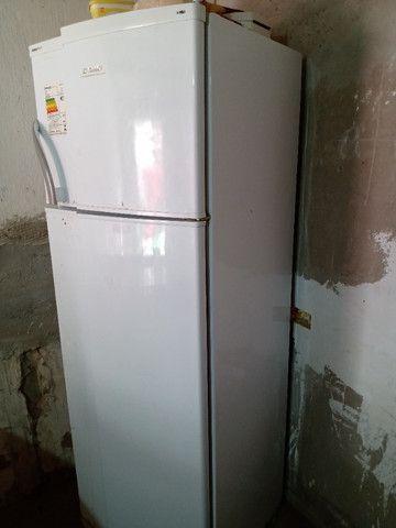 Vendo uma geladeira funcionando perfeitamente - Foto 6