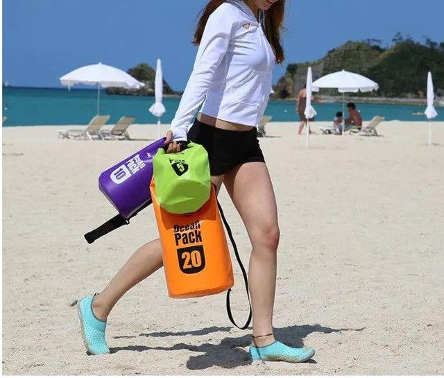 Bolsa Mochila Impermeável Estanque Saco Prova de Água 10 Litros Ocean Pack - Foto 3