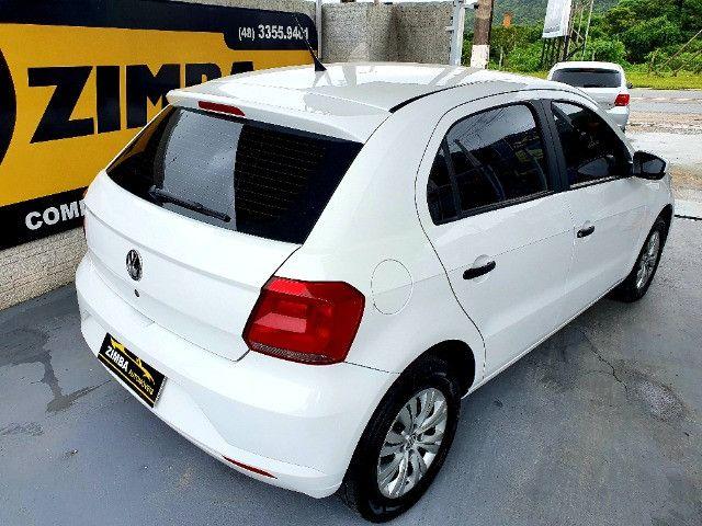 VW- Volkswagen Gol 1.0 12v Total Flex 5p Ano 2019 - Foto 5