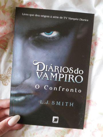Box de livros da coleção Diários do Vampiro - Foto 5