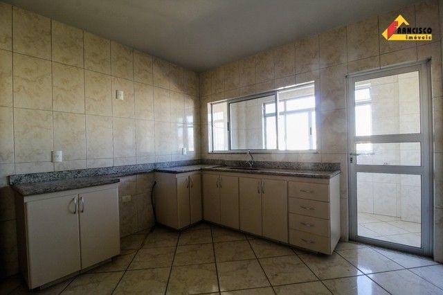Apartamento para aluguel, 3 quartos, 1 suíte, 1 vaga, Centro - Divinópolis/MG - Foto 2