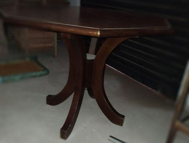 Mesa com tampo oitavado de madeira - Foto 2