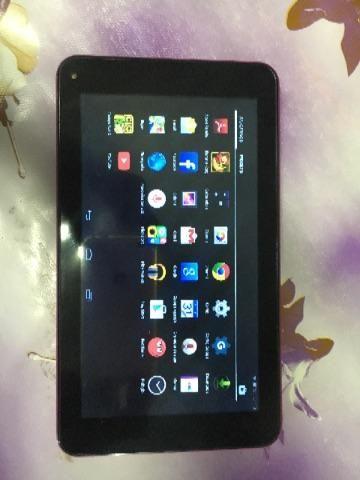 Tablet Goldentec 8gb com carregador , perfeito