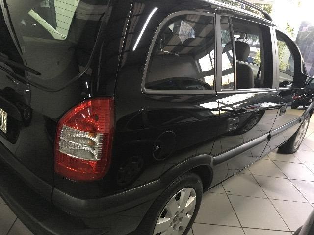 Gm - Chevrolet Zafira com kit gás! - Foto 4