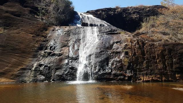 1943/Terreno de 30 ha com linda cachoeira e ótimo para agricultura