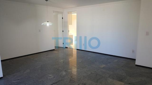 Edifício Florinda Barreira - Apartamento á Venda com 3 quartos, 3 vagas, 150.00m² (AP0086) - Foto 3
