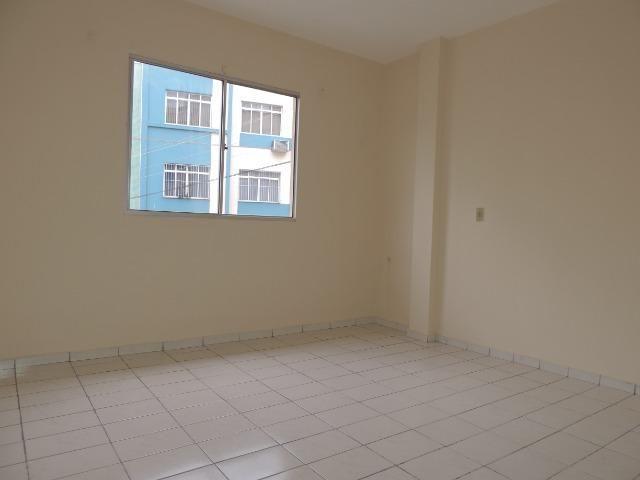 Apartamento Próximo ao Centro 03 quartos c/ súite - B. Vila Nova - Foto 13
