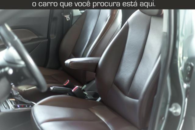 Hyundai Hb20x Premium 1.6 Flex - Foto 17