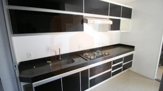 Sobrado - Condomínio Fechado - 3 Qts com Suíte c/ armários na cozinha e cooktop - Foto 7