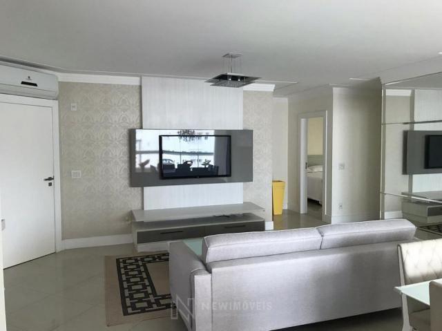 Apartamento Quadra Mar Mobiliado 3 Suítes - Foto 5