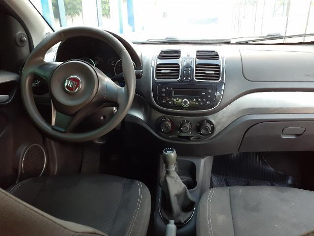 Fiat Grand Siena 1.4 - 2013/14 - Foto 5