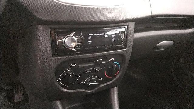 Peugeot 207 - 2013 - Foto 6