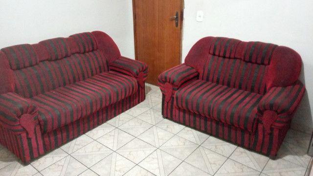 Jogo de dois sofás (Manhuaçu-MG)