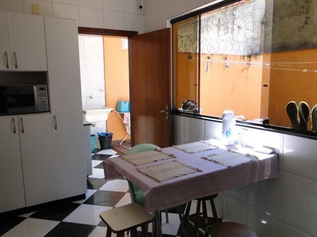 Casa Geminada à venda, 4 quartos, 1 suíte, 10 vagas, Fernão Dias - Belo Horizonte/MG - Foto 13