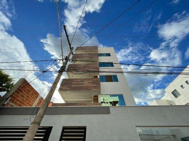 Apartamento no Residencial Manoela com 3 quartos - Foto 2