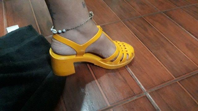 Sandalia zaxy tamanho 39   50,00 - Foto 3