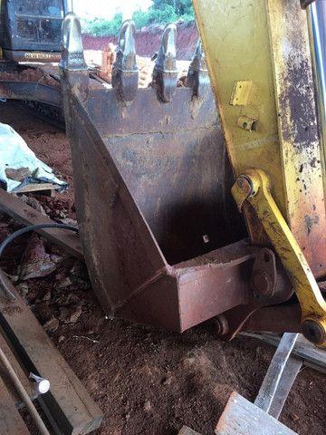 Escavadeira New Holland E215LC - Foto 6