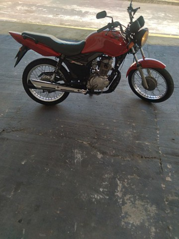 Vendo cg125 es 2011