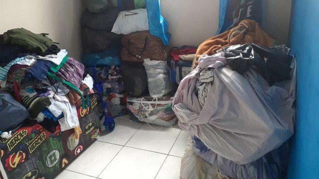 Vendo roupas para brechó 18 sacos
