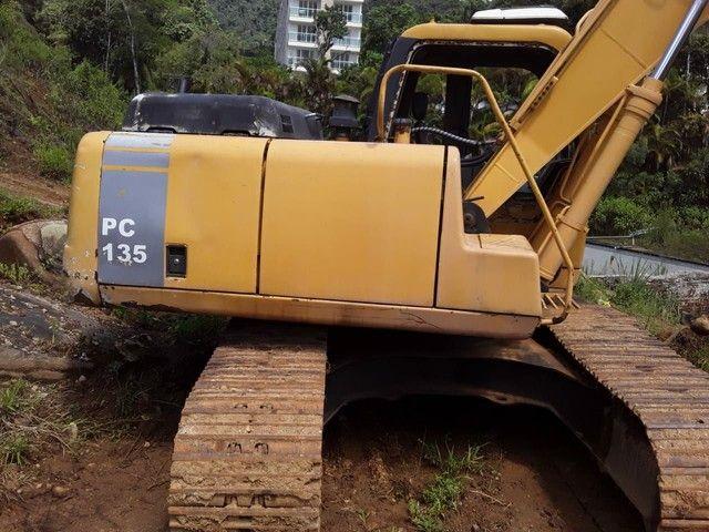 Escavadeira YUCHAI 135 motor cummis  - Foto 2