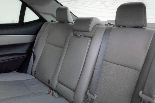 Toyota Corolla 2.0 XEI Blindado 2017 Branco Completo - Foto 6