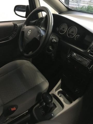 Gm - Chevrolet Zafira com kit gás! - Foto 5