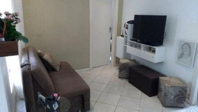 AP0220 Apartamento Residencial / Itaigara