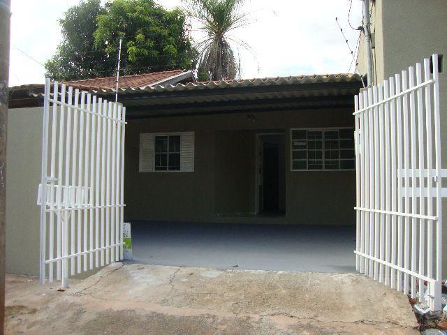 Casa no Bairro Tiradentes com 2 quartos