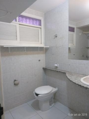 Vendo bela casa localizada em Ponta Negra - Foto 4