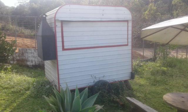 Vendo trailer para espetinho /aceito troca por materiais de construção