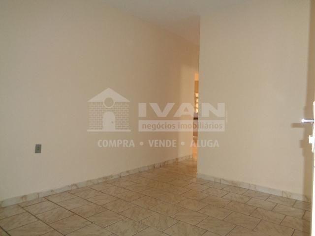 Casa para alugar com 3 dormitórios em Shopping park, Uberlândia cod:300611 - Foto 2
