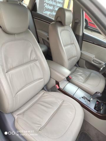 Vendo Hyundai azera 2008/09 carro impecável - Foto 5