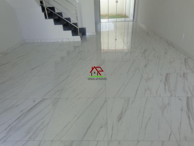 Linda casa geminada de 03 quartos no Itapoã! - Foto 3