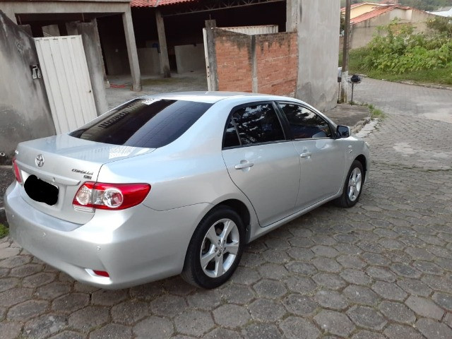 Toyota Corolla GLI 1.8 Flex Automático 2013 - Foto 16