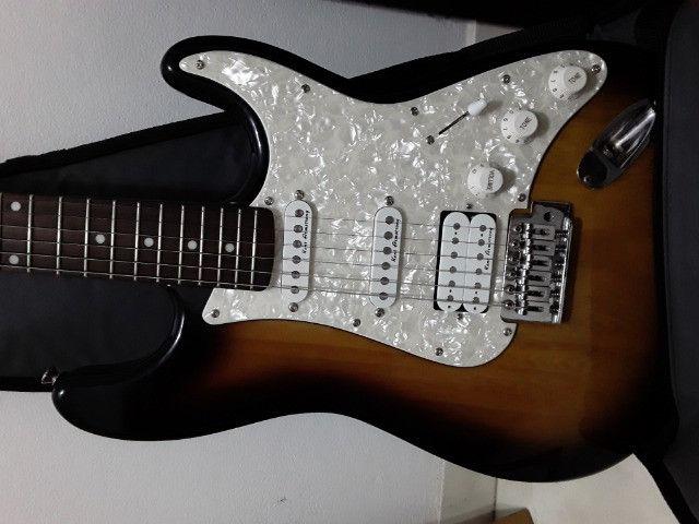 Cubo + guitarra - Foto 5