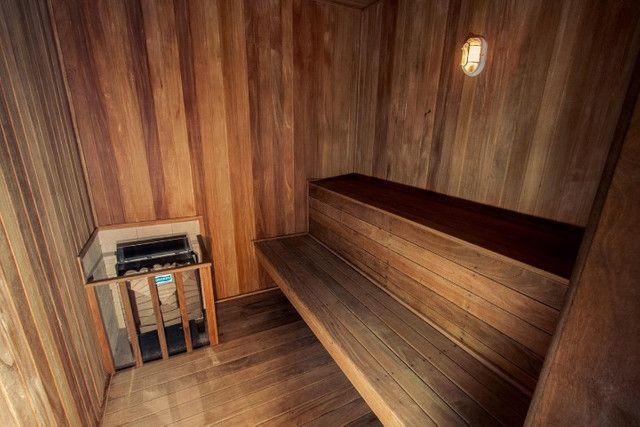 Lindo 03 dorms (01 suíte) 01 vaga, condomínio club com vista mar - Foto 12